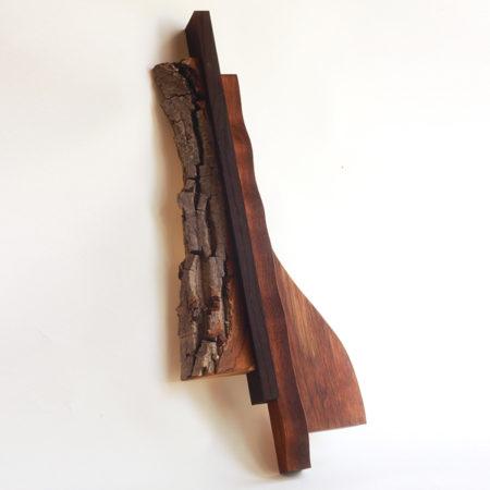 dřevěná nástěnná plastika